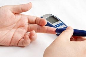 monitoring-blood-sugar.jpg