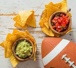 nachos-with-guacamole.jpg