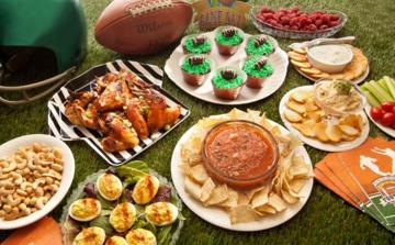 different-super-bowl-snacks.jpg